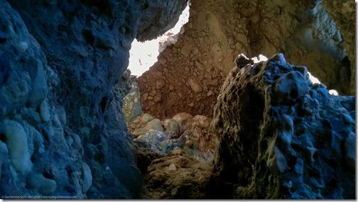 colores, piedras a la luz matutina del medirterráneo alboranés...