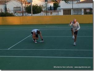 ¿ganaríamos un juego? porque parece que yo voy a besar el suelo y el Carlos o va a patalear o... jejejejejejeje